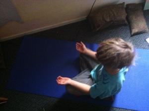 2nd grader meditating